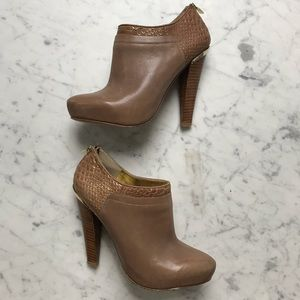 charles david Camel Leather Zip Up Bootie Boots